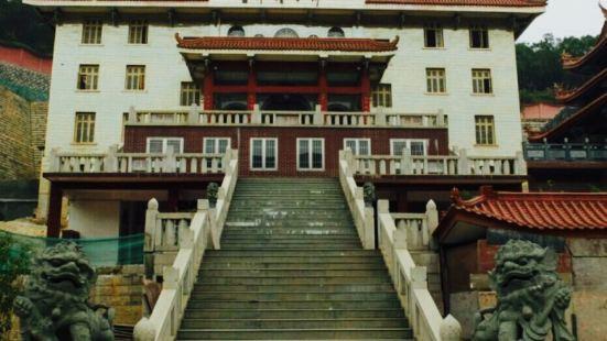 Xiamen Xuefeng Temple
