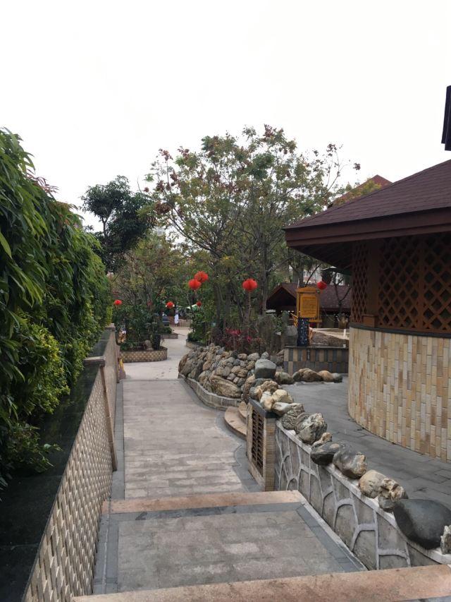 Jiaomei Duoleng Hot Spring