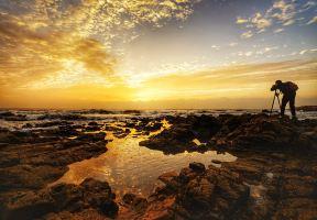一路向北,去看日光先照的大海