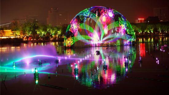 泉城夜宴明湖秀