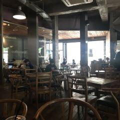 커피 스미스 가로수길점 여행 사진