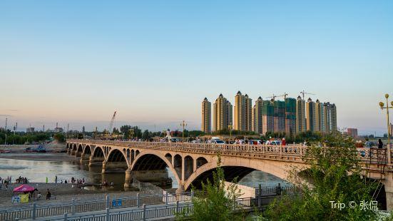 伊黎河大橋
