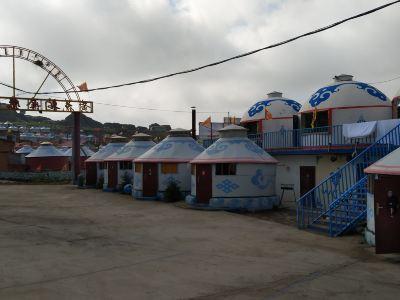 黃花溝金帳汗度假村