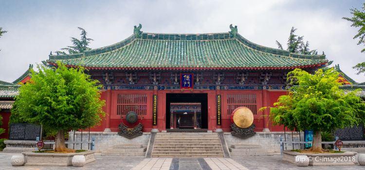 Kaifeng City Hall Theme Park1