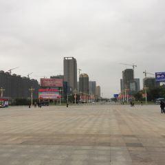 Fangchenggang Railway Station Square User Photo
