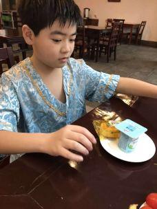 颐尚温泉度假村简餐吧-汤山-不胖的胖妹妹