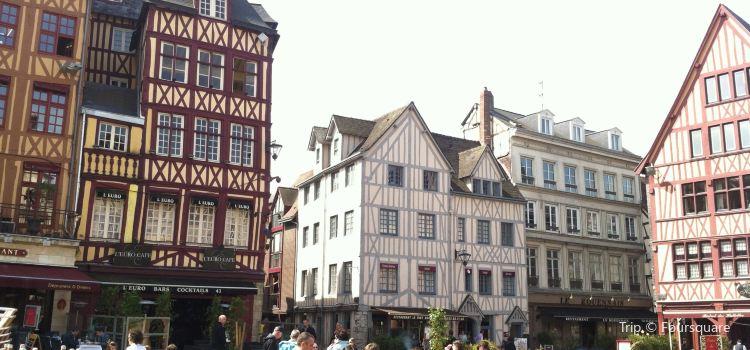 Place du Vieux-Marche1