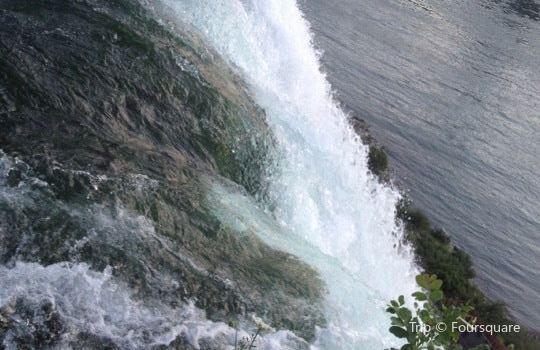 Bridal Veil Falls1