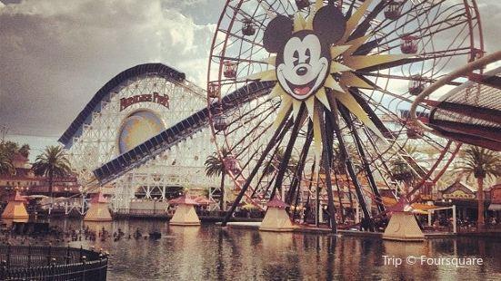 Mickey's Fun Wheel (Disney's California Adventure)