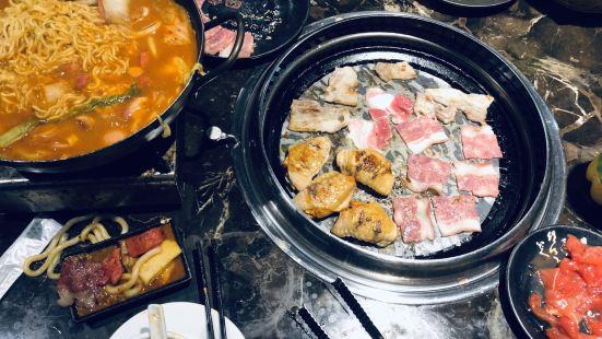 炫多部隊火鍋.烤肉