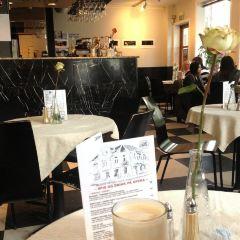 Cafe Opera User Photo