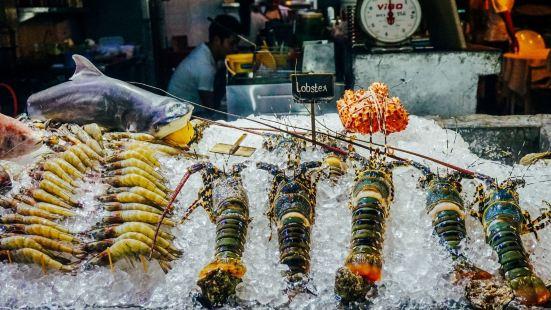 Chalong Night Market