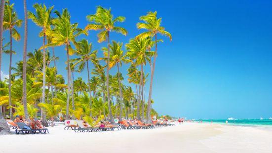巴瓦羅海灘