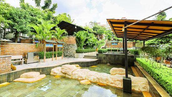 Xiangshun Longshan Hotel Hot Spring Resort
