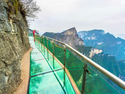 Tianmen Mountain Glass Walkway