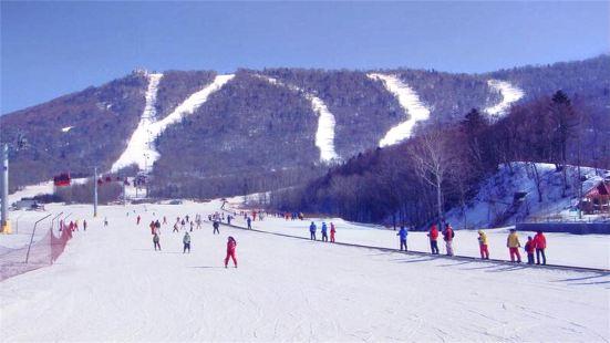 Lianqing Mountain Ski Area