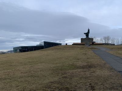 Arnarholl Statue
