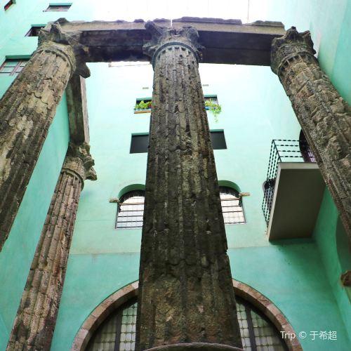 奧古斯都神殿遺址