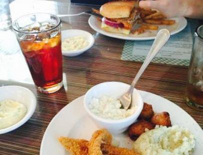 Pinnacle Valley Restaurant
