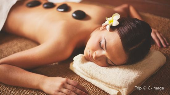 Cloud 9 Massage & Spa