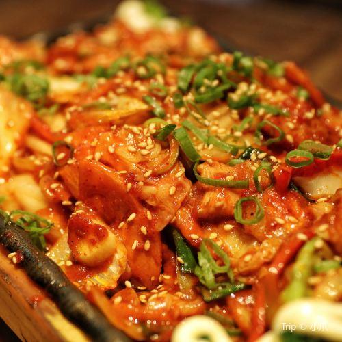 Zhou Story Cheese Cuisine ( Zhong Yang Da Street )