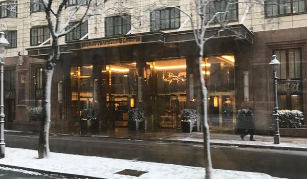 Emile Restaurant & Bar1
