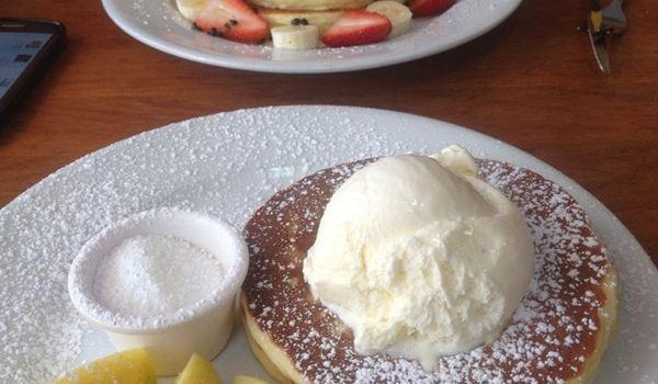 Pancakes in Paradise2