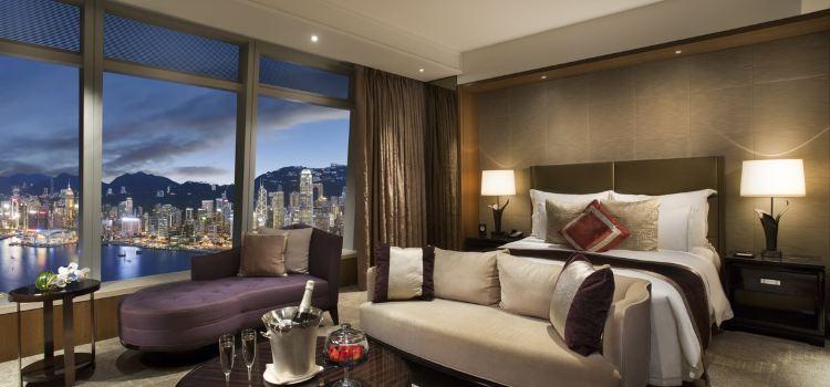 The Lounge & Bar at The Ritz-Carlton, Hong Kong1
