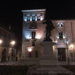 Monumento de Alvaro de Bazan User Photo