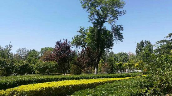 Wangchuanchang Park (East Gate)