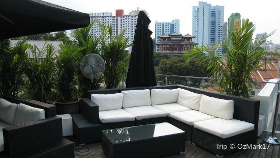 ying yang - rooftop bar