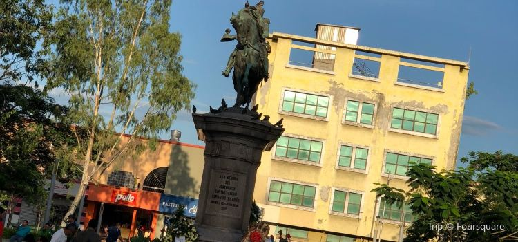 Plaza Barrios1