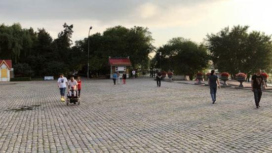 Youyi Park