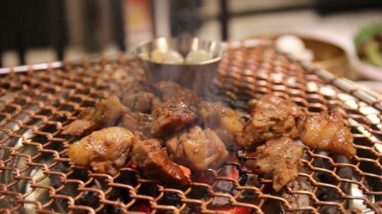 巨大韩国烤肉거대숯불구이(远景路店)