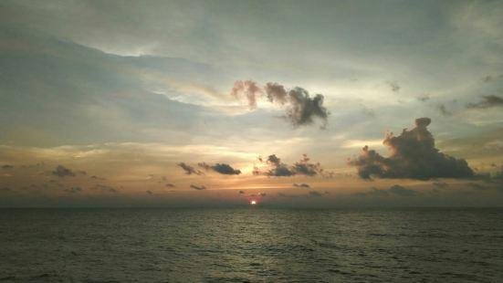 Luak Bay