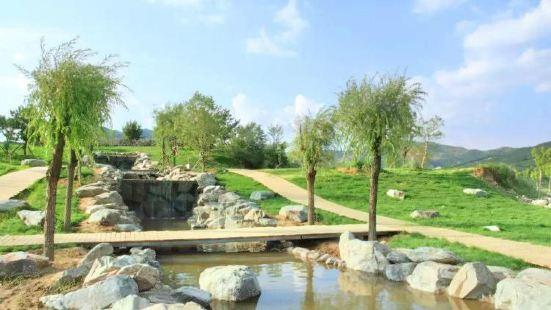 Zimen Lake Tourism Scenic Area