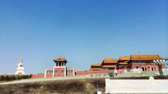 達爾吉林寺