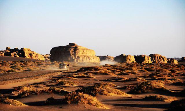 沙漠明珠|到敦煌不可不做的9件事