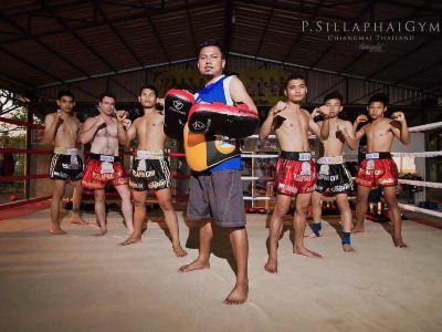 Por Silaphai Gym Thai Boxing