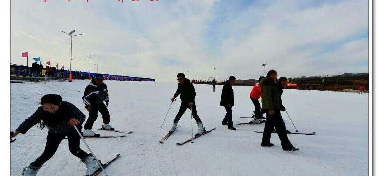 桃林溝滑雪場3
