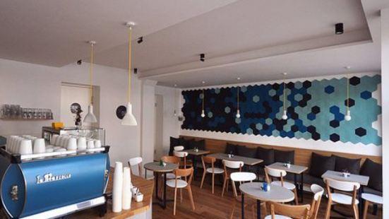 Cafe Bla