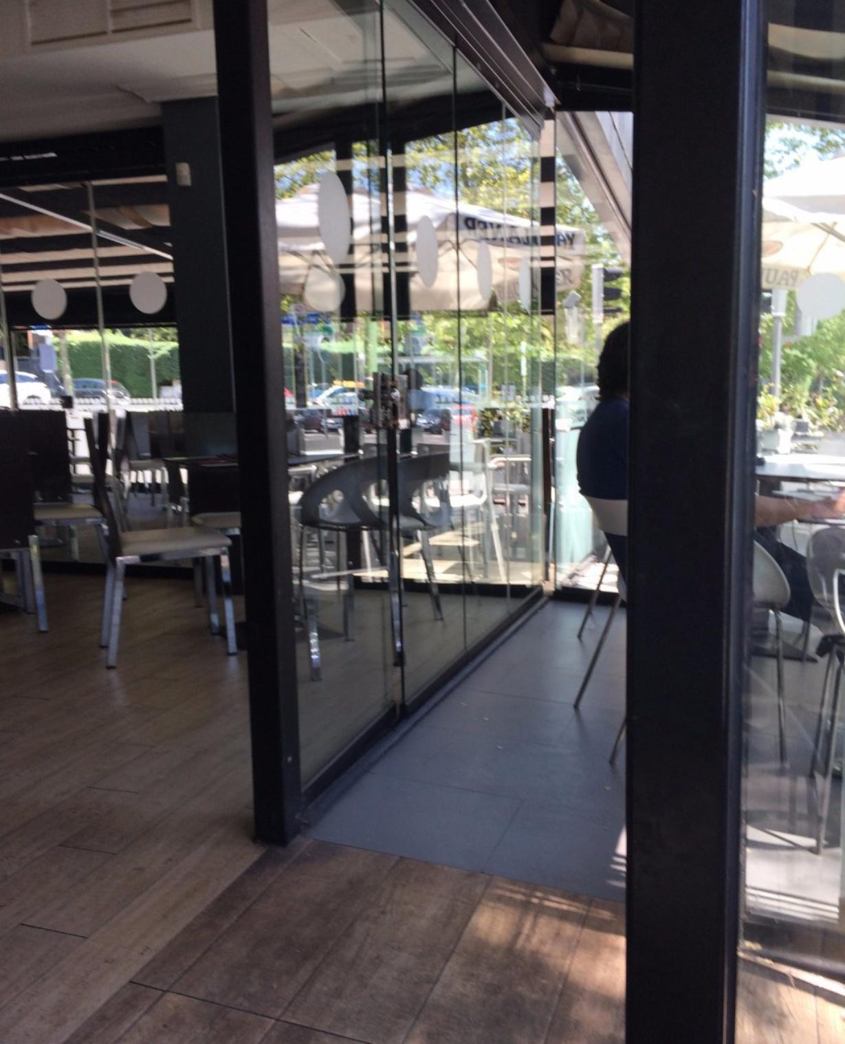 Ikura Sushi Bar Reviews Food Drinks In Community Of