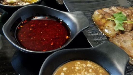 捌佰裡·潮汕牛肉火鍋(寶龍城市廣場店)
