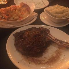 Fleming's Prime Steakhouse & Wine Bar User Photo