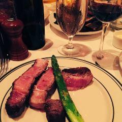 Benjamin Steakhouse User Photo