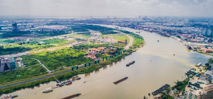 Saigon River2