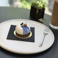 Koi Dessert Bar User Photo