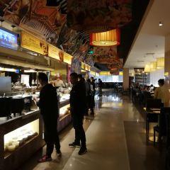 金馬門國際美食百匯(珞喻路店)用戶圖片
