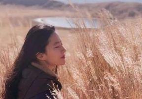 劉亦菲變身旅遊博主,素顏遊客照自帶仙氣,連度假地都這麼會挑!