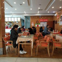 Hua Tian Snack Xian Men Halal Store User Photo